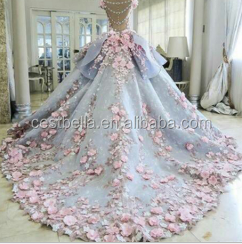Luxury Beautiful Elegant Embroidered Puffy Ball Gown Wedding Dress ...