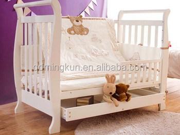 In in legno massello culla per il bambino del bambino e