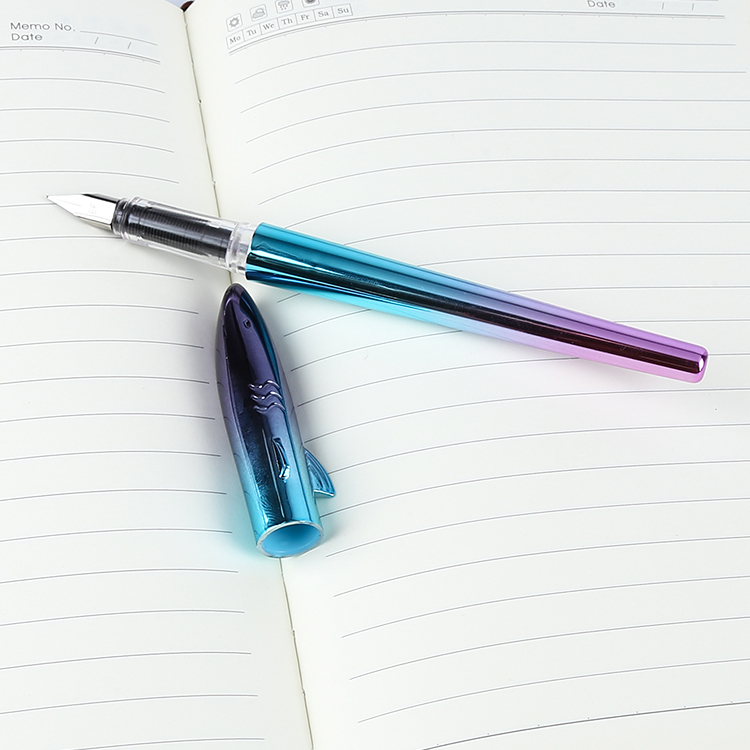 Best Quality Plastic Fountain Pen with Colorful Printing for School Students