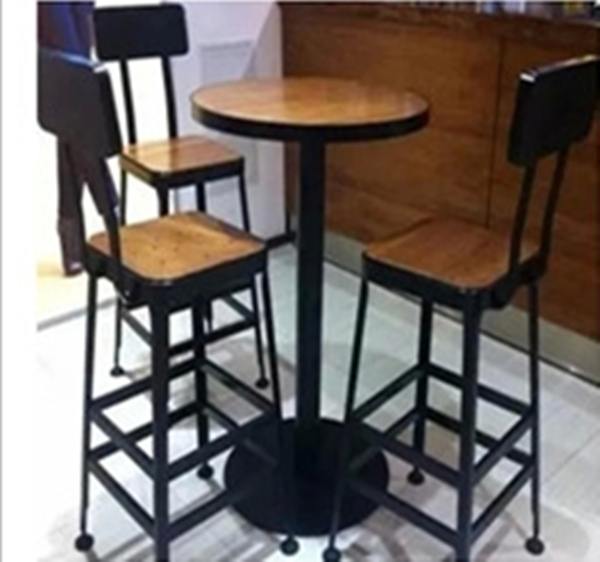 starbucks caf tables chaises hautes pont salon chaises en fer forg tables en bois table ronde. Black Bedroom Furniture Sets. Home Design Ideas