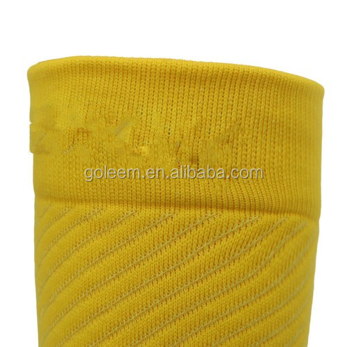 custom knit Mens volleyball baseball softball socks