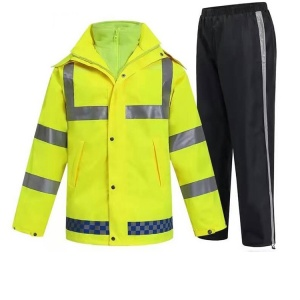 Fashionable 100% Waterproof High Visibility Safety Protection Reflective Rain Coat With Welded Seams