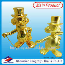 New design metal trophy figurines,small metal figurine,metal cast figurines