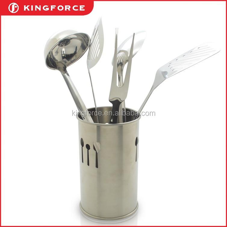 Kf110040 Hanging Long Handle Ladle Kitchen Utensils Solid Server Soup Cooking