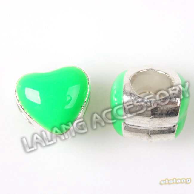 Green Big Hole Charm beads 60pcs/lot Enamel Green Sliver Plated Heart shape Alloy Beads Fit DIY handmade 8x8x9mm 152661