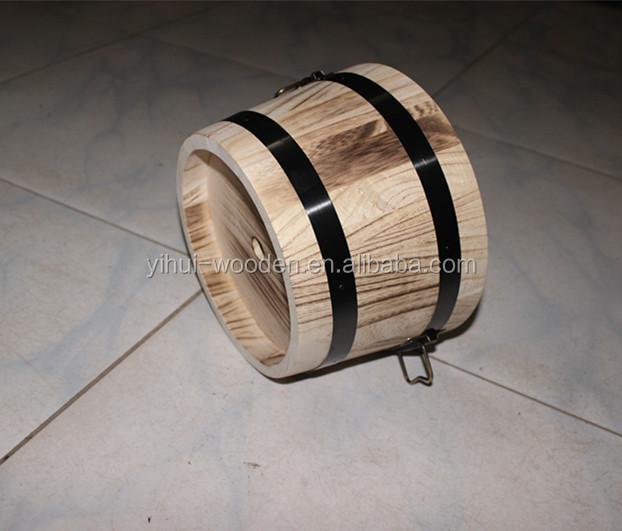 tonneau en bois baignoire en bois et en bois barils pot de fleur et en bois vendre buy. Black Bedroom Furniture Sets. Home Design Ideas
