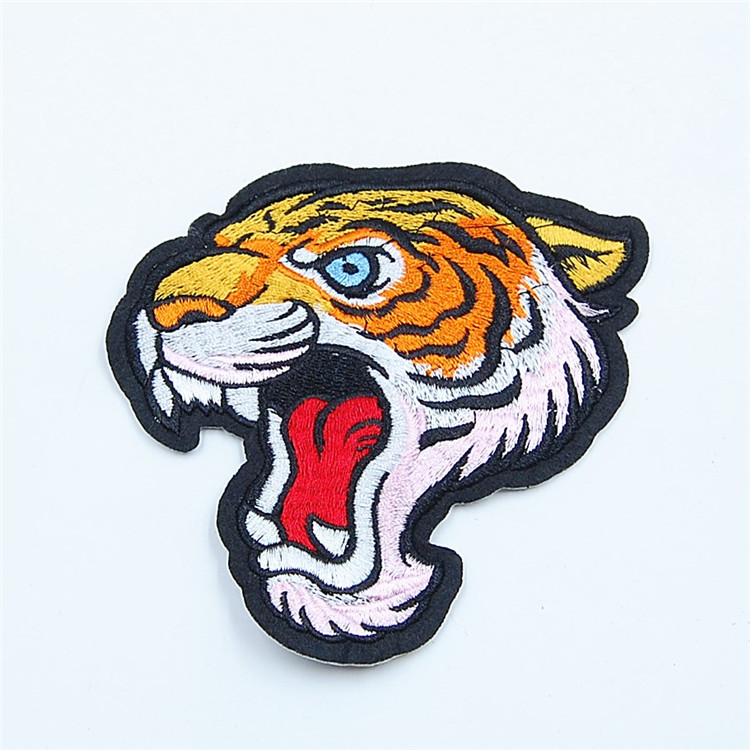 2017 New style wholesale embroidery tiger patches