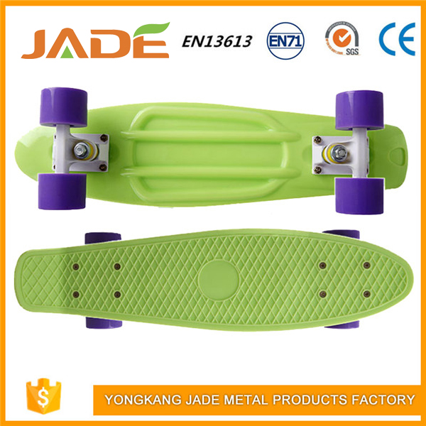 2017 Hot sell vintage old school plastic skateboard for kids
