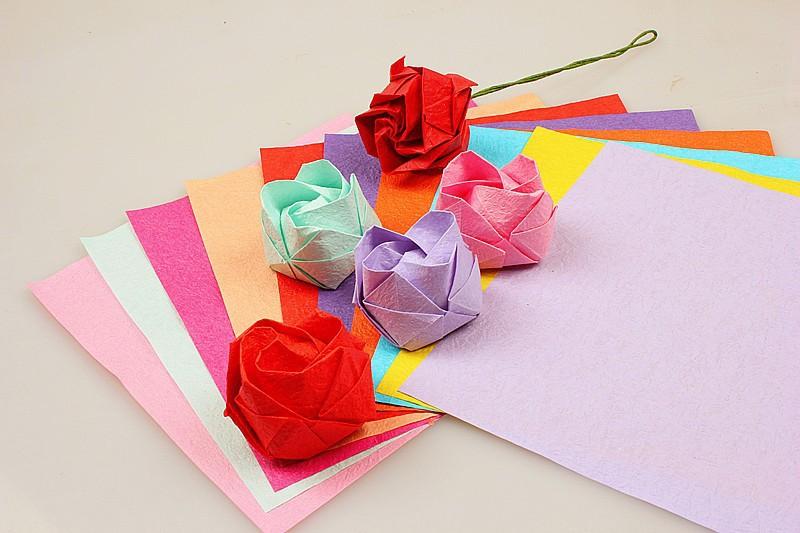 decoratie product type en materiaal vouwen van papier roos bloemen papier kunstmatige ambachten. Black Bedroom Furniture Sets. Home Design Ideas