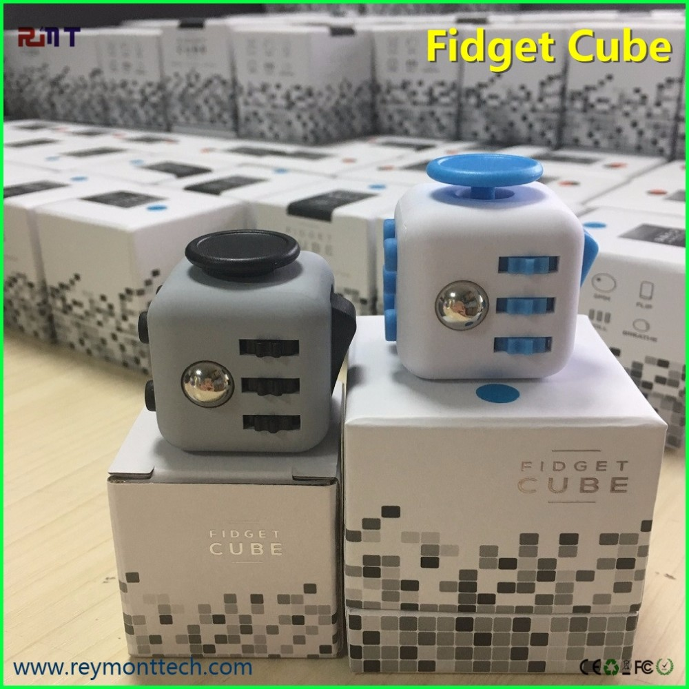 Chinese toy manufacturers top selling gadgets small toy fidget cube