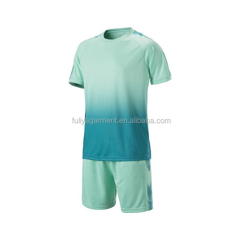 37d741625b3cd 11 colores ocio manga corta Camiseta deportiva de fútbol baloncesto voleibol  entrenamiento camisa uniforme del balompié