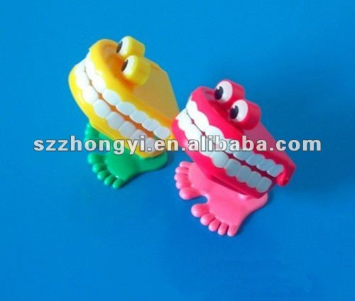 Dental Wholesale Spring Plastic Toys Jump Frog For Children Dental Toys For Gift Always Buy Good Oral Hygiene Teeth Whitening