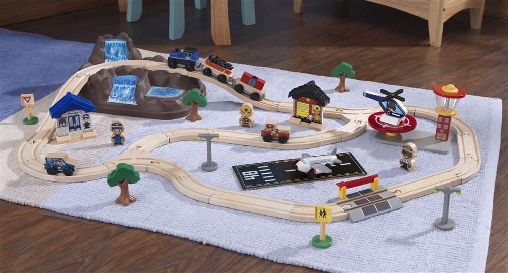 KidKraft Bucket Top Mountain 56-Piece Train Set