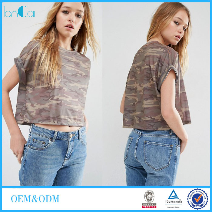 Summer Promotion Girls Crop T-shirt In Camo Print and Boxy shoulders LC7056-G