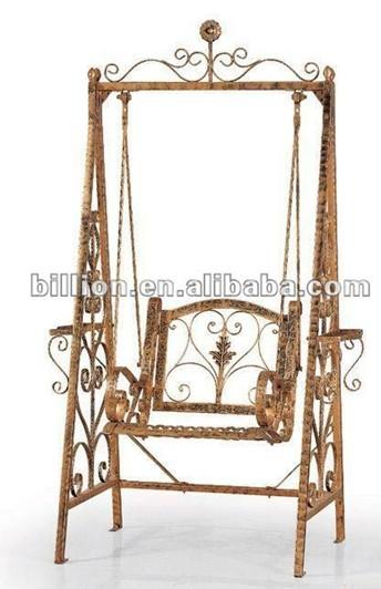 In ferro battuto mobili da giardino per il tempo libero for Mobili per esterno in ferro