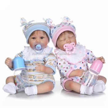 69b7e28cd2d1c Mignon réaliste en silicone souple vinyle GARÇON ET FILLE reborn jumeaux bébés  poupées