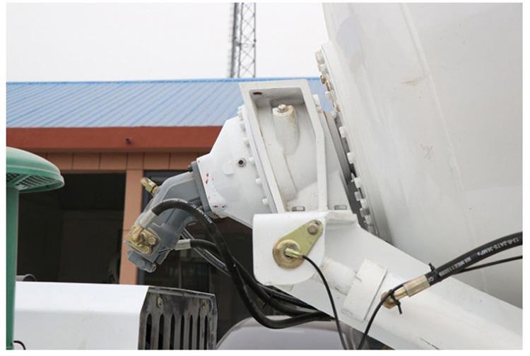 Hoge kwaliteit SLM2 gebruikt mini zelf voeden mixer truck mount