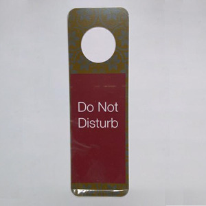 "Full Color Printing Plastic Hotel Door Hanger Die Cut Card with ""do no disturb"""