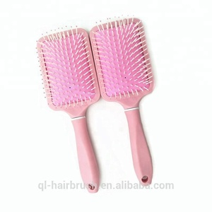 Beauty Pink Brush with customer Logo Rubber Bristle Conditioner Dispensing Hair Brush