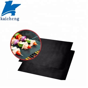 Factory Price Eco friendly Nonstick BBQ Grill Mat Under Grill