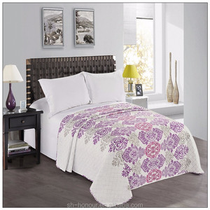 Eco friendly soft Purple flower Printed Embroidery Cheap Quilts For Sale