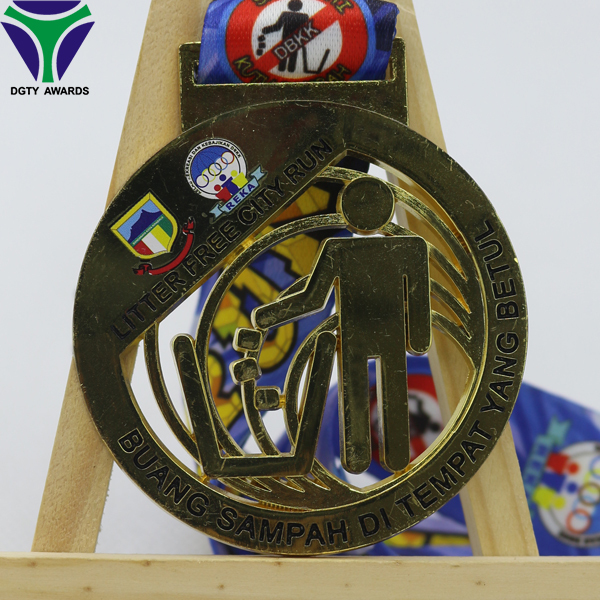 Printing bright gold city running art craft medals for gift