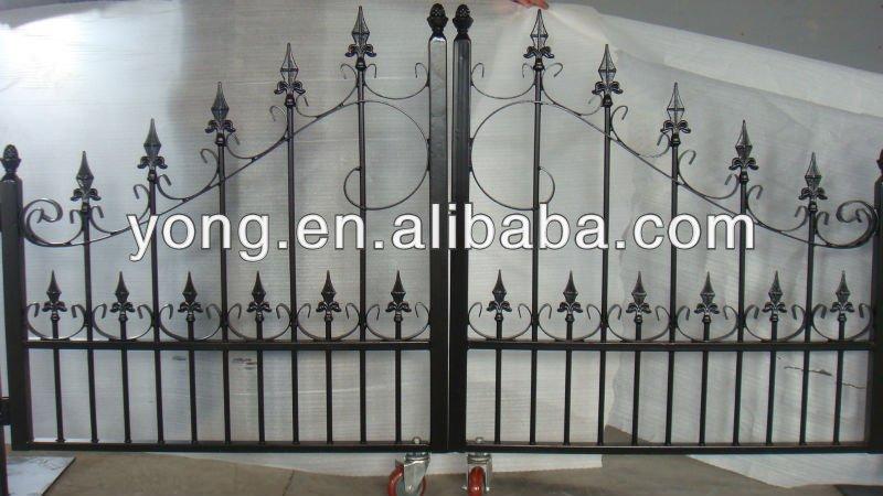 Custom Steel Pipe Gate Design