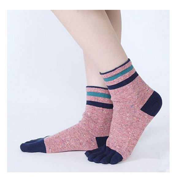 3238 new cotton hot sale 2018 winter fashion lady women latex toe socks tube five finger socks