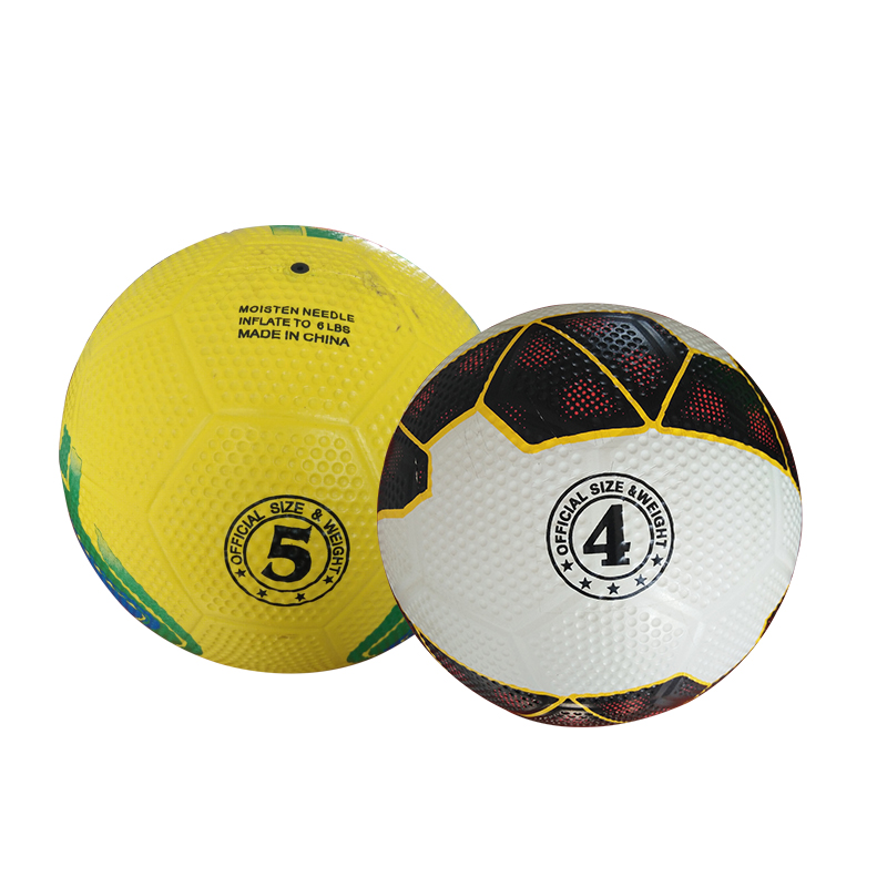 Wholesale size 4 5 golf surface rubber toy football soccer ball