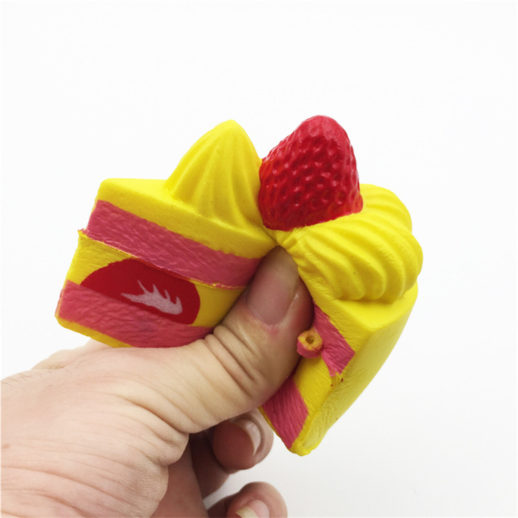 China Factory Supplier High Quality Soft Slow Rising With Good Smell Cream Cake Food Kids Squishy Toys