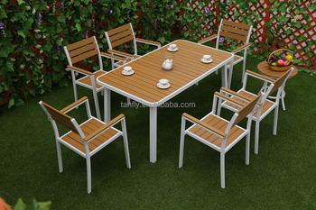 Tavolo E Sedie Da Giardino In Legno.Giardino Esterno Di Plastica Di Legno Set Da Pranzo Tavolo E Sedie