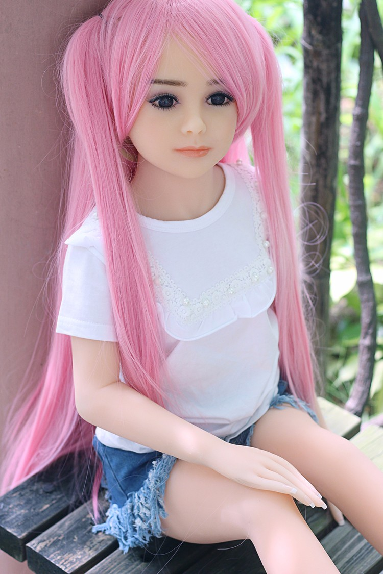 World S First Sex Robot For Men Warm Free Chatting Doll