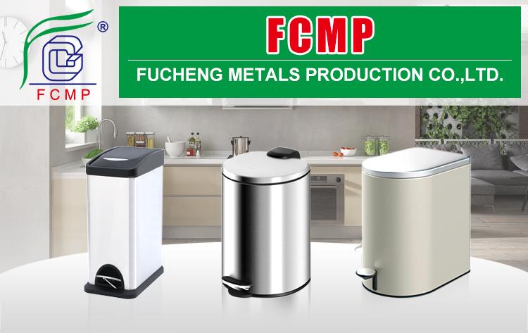 Abfallbehälter aus rostfreiem Stahl mit rechteckigem Abfall