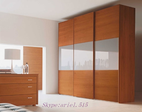 Bedroom Wardrobe Door Laminate Designs
