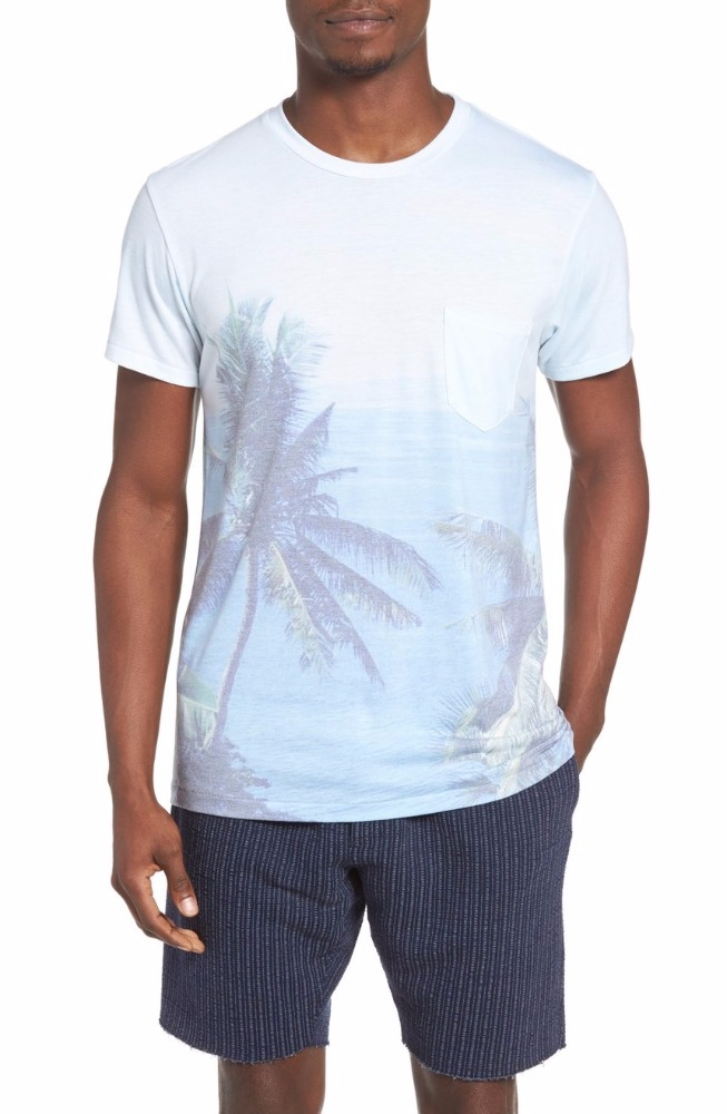 Light jersey t-shirt with palm trees on the front