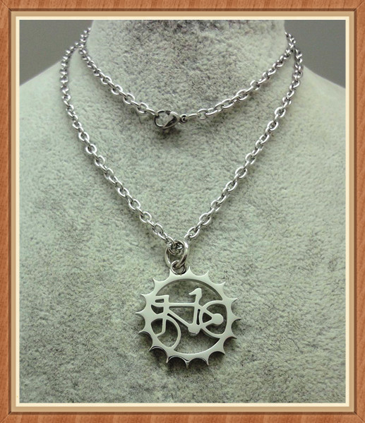 Wholesale High-end European and American stainless steel bicycle necklace
