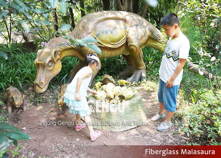 Fiber glass dinosaur statue for sale