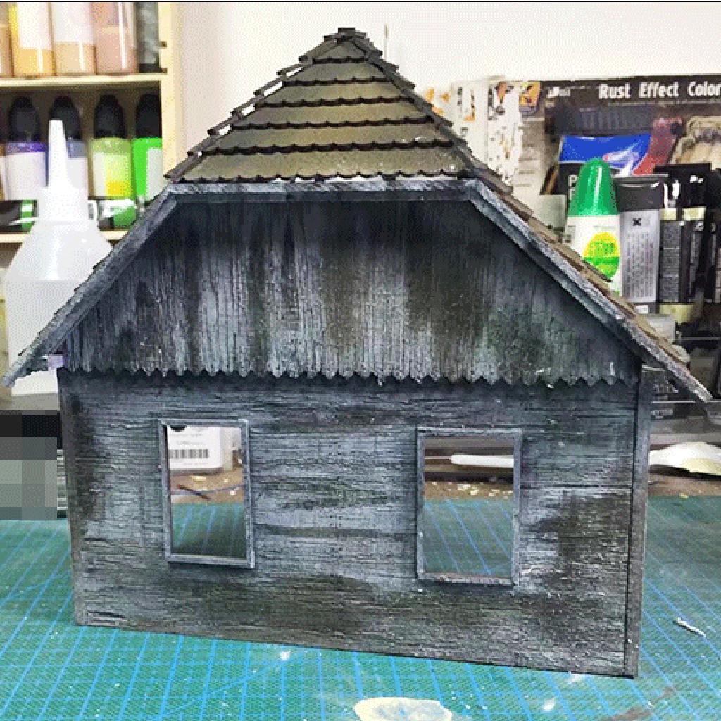 1/35 Wooden European House Diorama Battlefield Ruins Military Building  Scenes Kit