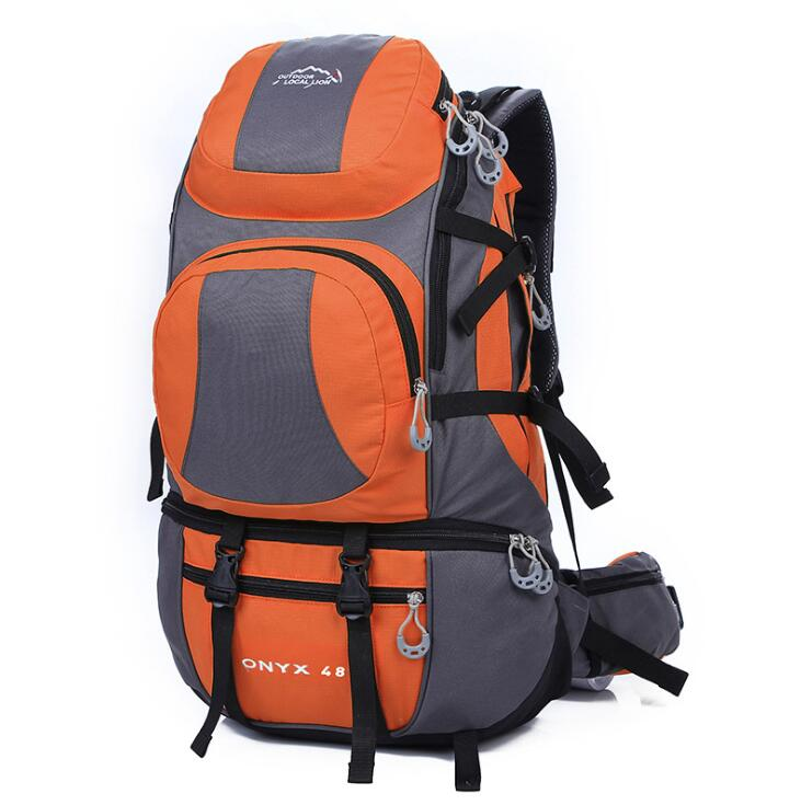 Custom big capacity mountaineering backpack for outdoor hiking made of durable polyester