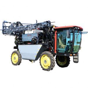 Large width Big tractor fertilizer sprayer for sale