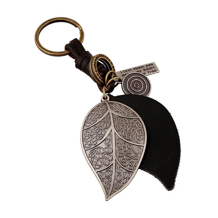 2020 New Arrival Customized Leather Leaf Keychain Leather Metal Double Leaf Key Holder Keychain