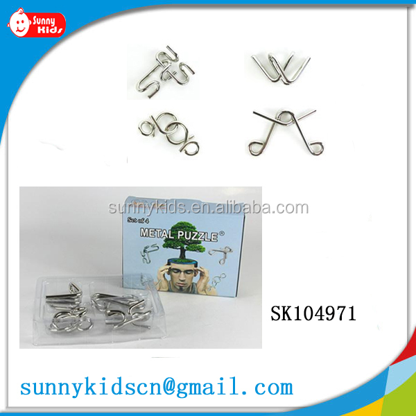 Metal wire puzzle metal puzzle with rings solution