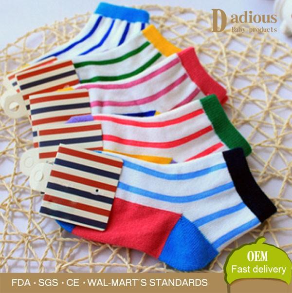 informazioni per Sconto speciale in vendita ingrosso calze senza cuciture per i bambini bambino calzino di cotone