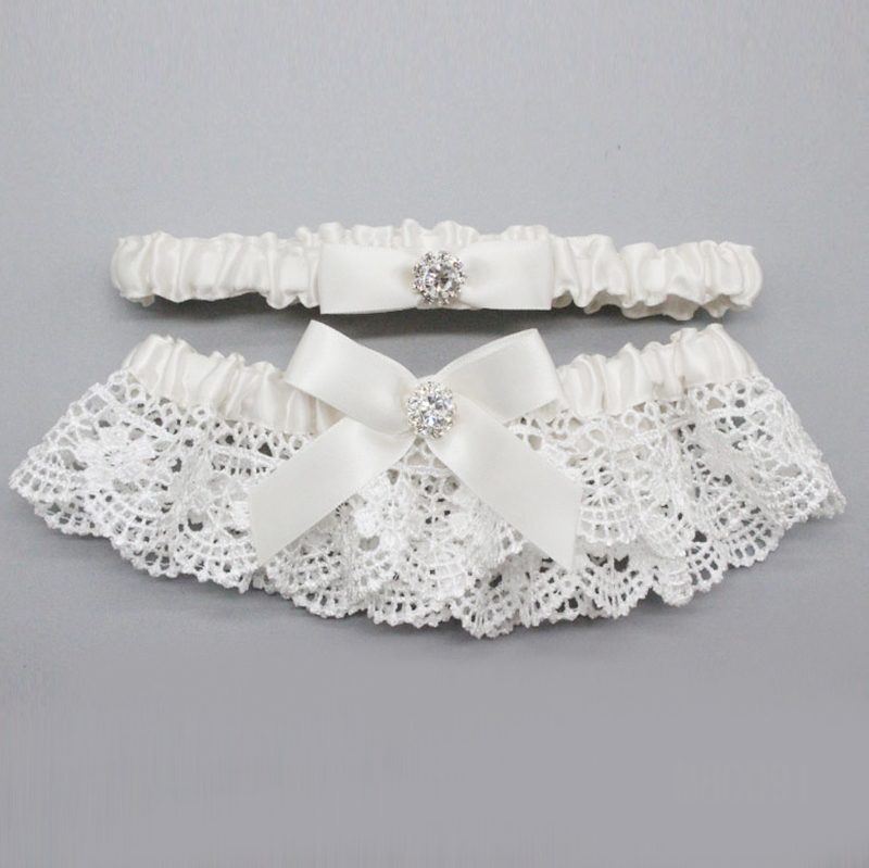 M80091Ivory lace wedding Garter bridal garter