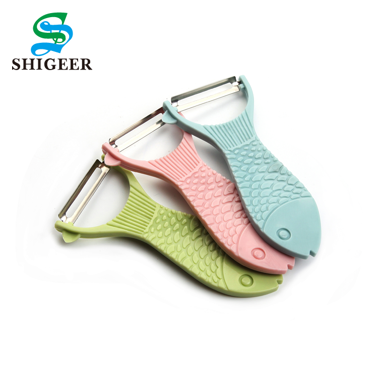 Good Quality Kitchen Use Customized Multicolor Manual Plastic Vegetable And Apple Peeler