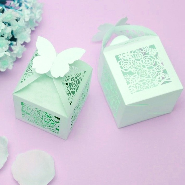 Wholesale cheap wedding door gift boxlaser cut wedding for Cheap wedding favor boxes
