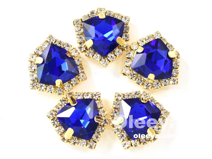 Oleeya Factory Sewing Crystal 12mm Fat Triangle Sew On Crystal Rhinestones Glass in Rhinestones