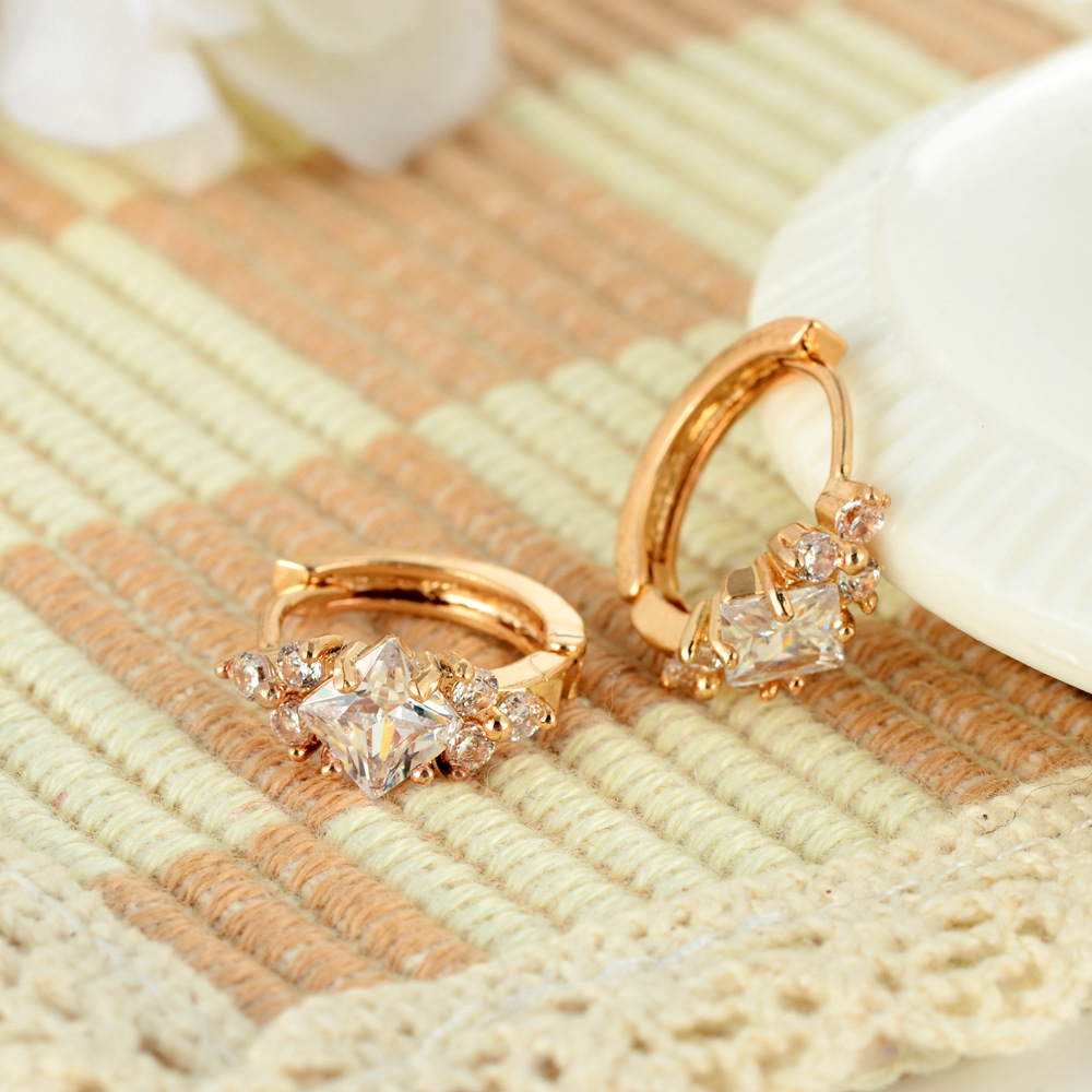 2019 fashion copper alloy jewelry real 14k gold plated brass earring aaa cubic zircon huggie earrings for women