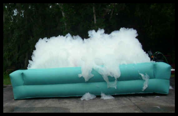 Amusement park party bubble machine, jet monster foam cannons, monster cannon machine for ponds and water slides