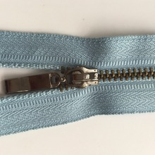 Fast Delivery Garment Accessories Custom 3,5,7,10# women open end metal zipper 5 for garment use